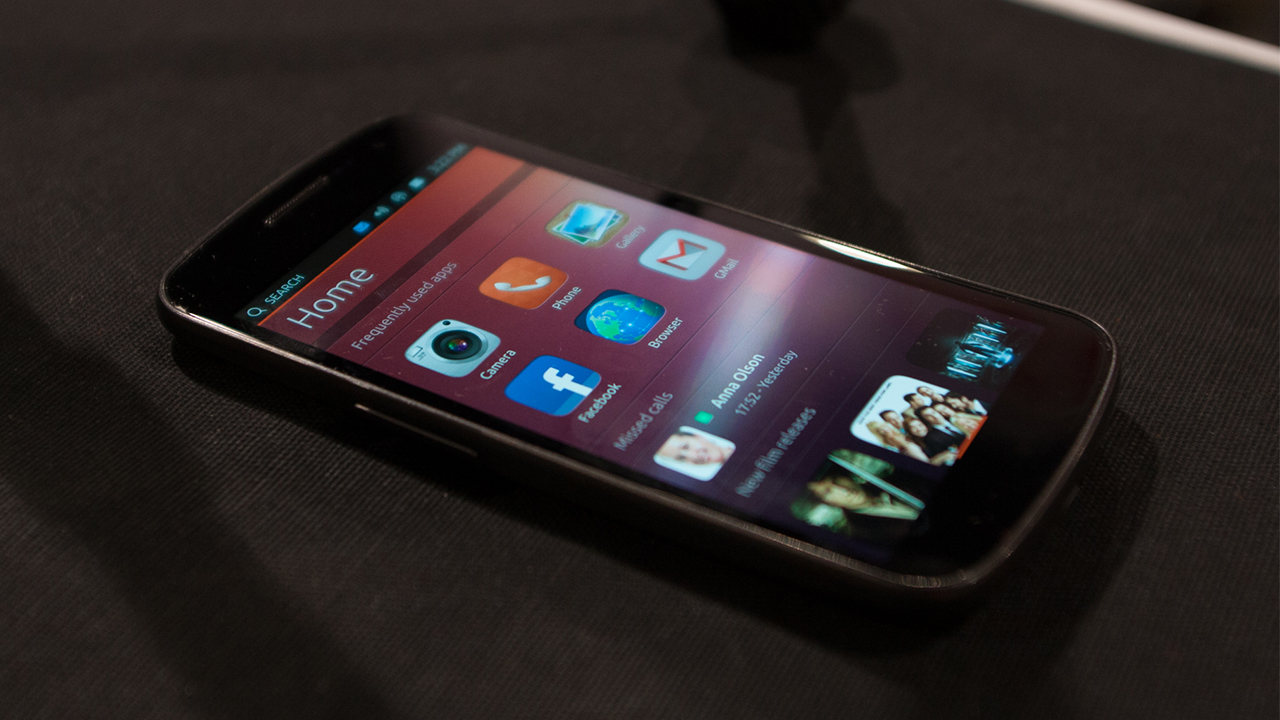 Ubuntu Smartphones To Ship This Year By Two Hardware ...